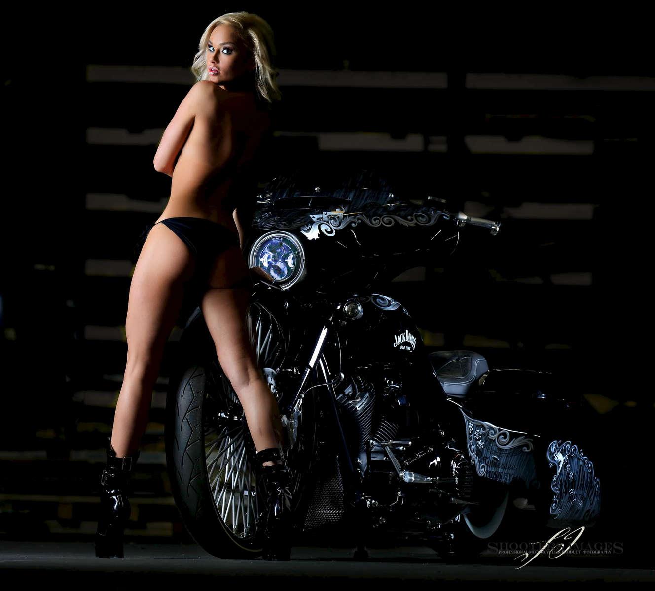 Jack Daniels Bike - F Bomb Baggers