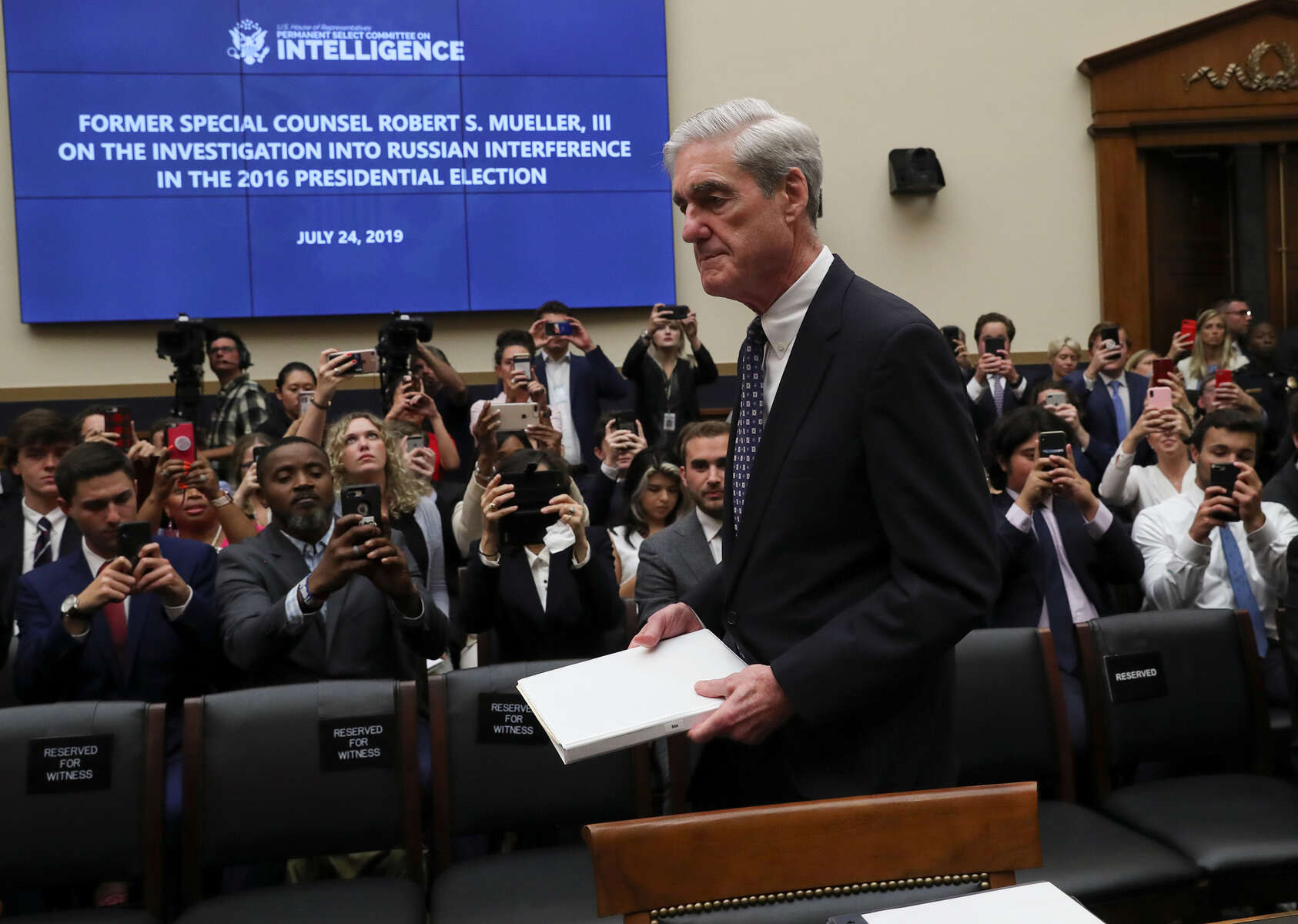 Former Special Counsel Robert Mueller arrives to testify before a House Intelligence Committee hearing on the Office of Special Counsel's investigation into Russian Interference in the 2016 Presidential Election on Capitol Hill in Washington, U.S., July 24, 2019.