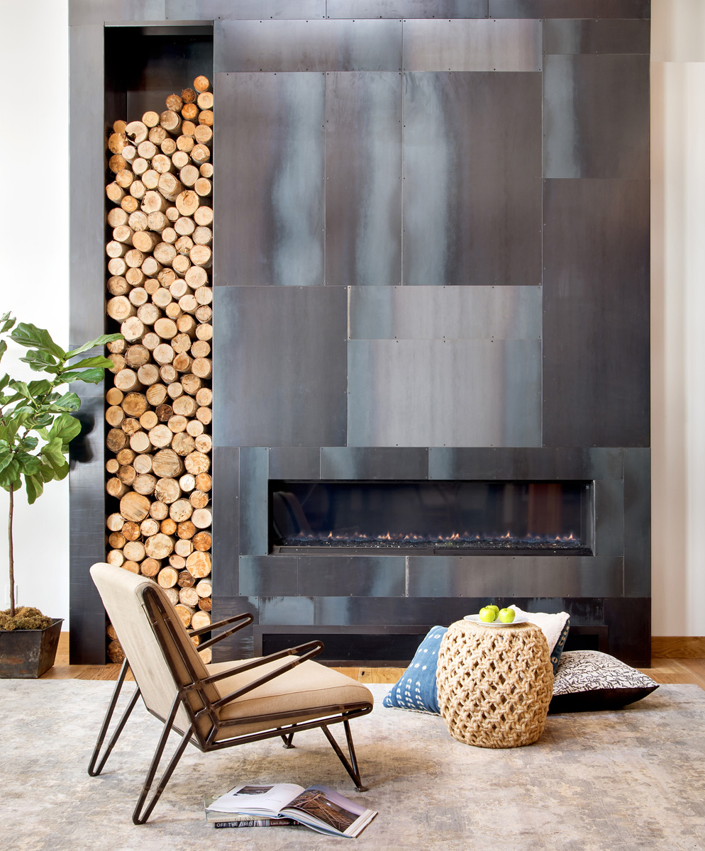 CedarLakeHouse0217_Fireplace_JpegWebPortfolio