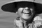 Myanmar-Inley-Lake-Keep-Smiling-Woman-Photo-by-Cyril-Eberle-C0083