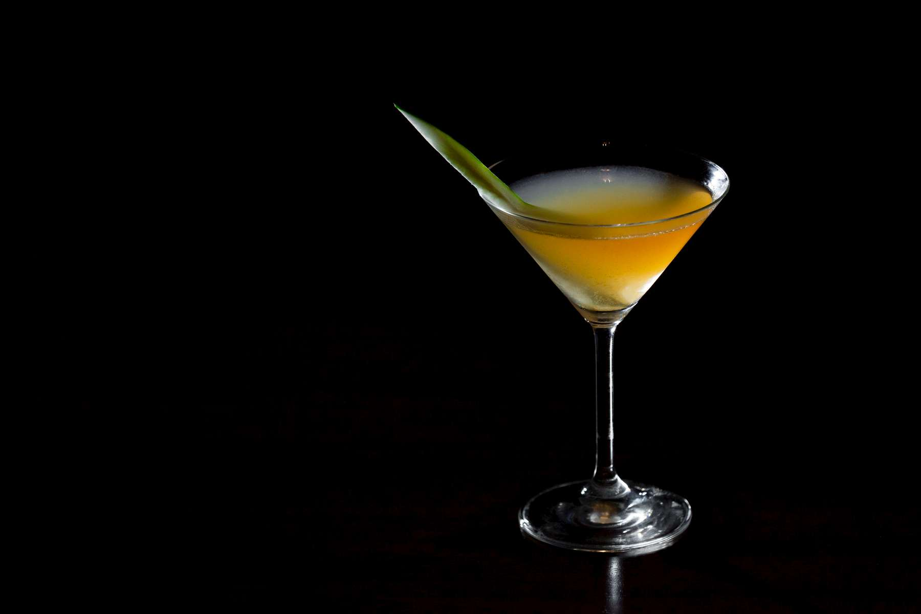 Pullman_Luang_Prabang_Laos_9112_Latelier_Cucumber_Martini_Photo_by_Cyril_Eberle_CEB_8675