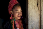 laos-ban-honglerk-akha-pala-young-woman-portrait-photo-by-cyril-eberle-CEB_2522_maptia