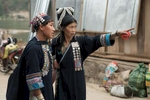 laos-hatsa-akha-women-traveler-photo-by-cyril-eberle-CEB_8245_maptia