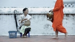 laos-luang-prabang-almsgiving-photo-by-cyril-eberle-CEB_3854