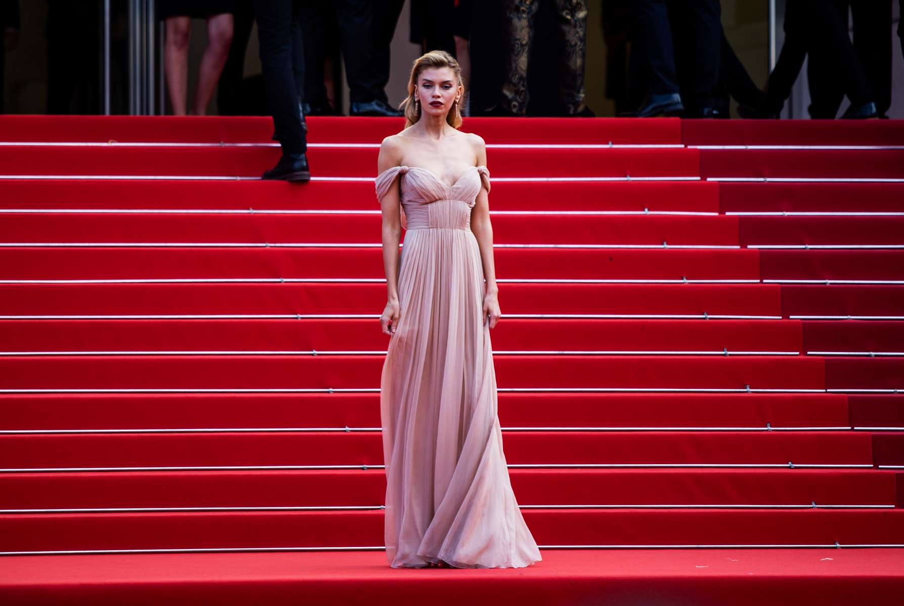 """Stella Maxwell arrives for the screening of the film """"France"""" in competition at the 74th annual Cannes Film Festival in Cannes, France on July 15, 2021."""