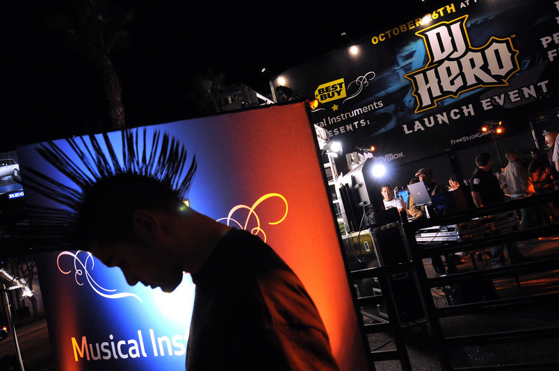 HOLLYWOOD - OCTOBER 26:  ***EXCLUSIVE COVERAGE*** General view of atmosphere at the launch of DJ Hero with Best Buy Musical Instruments at The Key Club on October 26, 2009 in Hollywood, California.  (Photo by Jordan Strauss/WireImage)