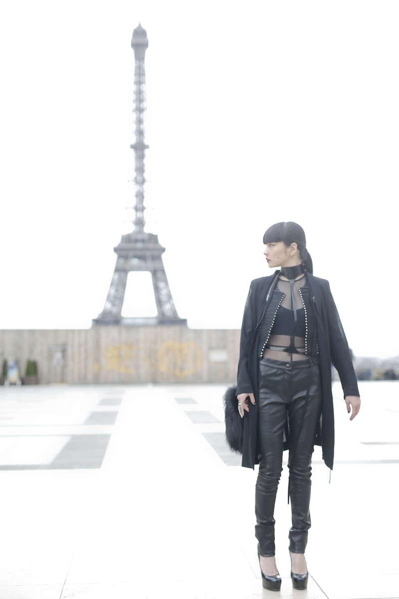 Akimoto Kozue - Paris Fashion Week, March 2016