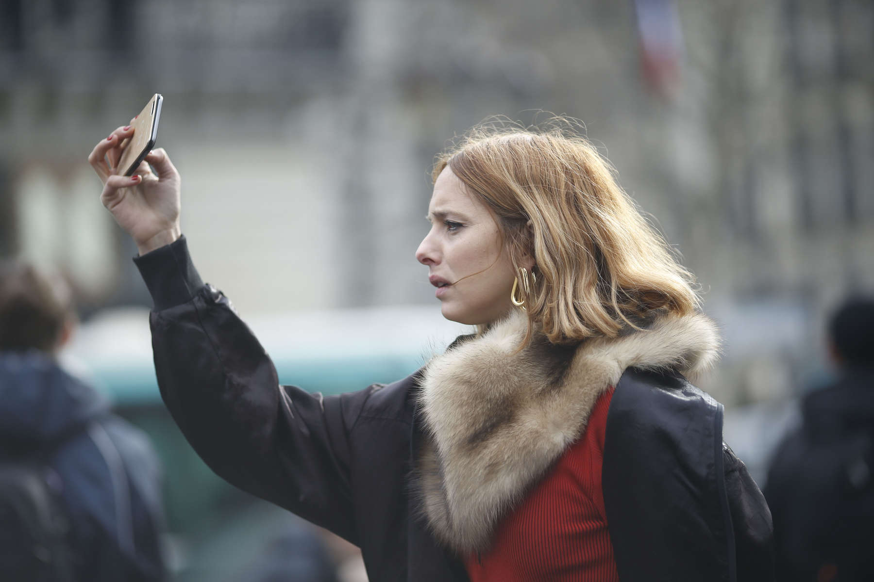 Candela Novembre - Paris Fashion Week, March 2016