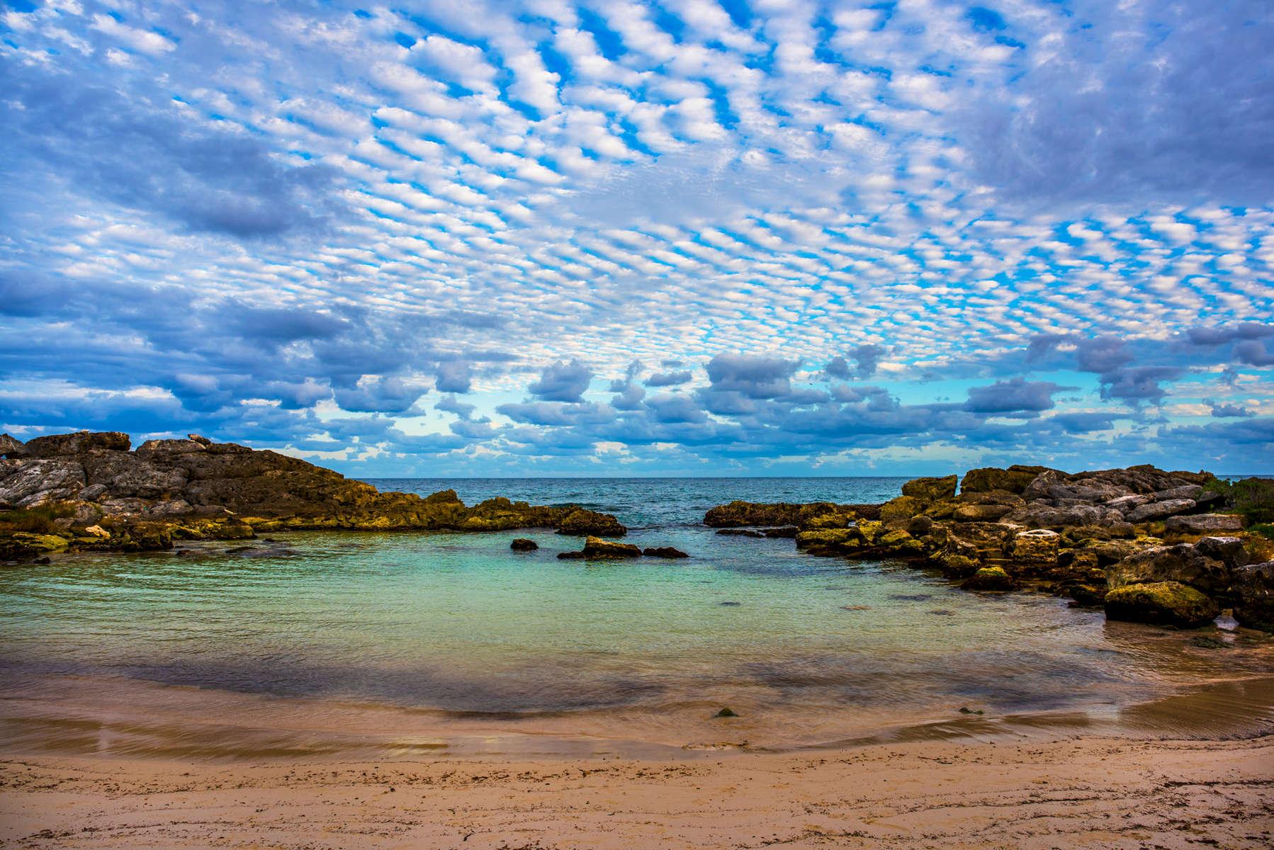 Sea, Sky & Rocks