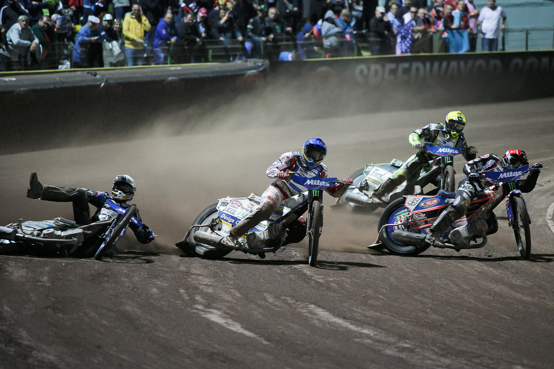 Jason Doyle of Australia crashes in the semi final race of the Mitas Slovenian FIM Speedway Grand Prix at Matija Gubec Stadium in Krsko, Slovenia, Sep. 12, 2015.