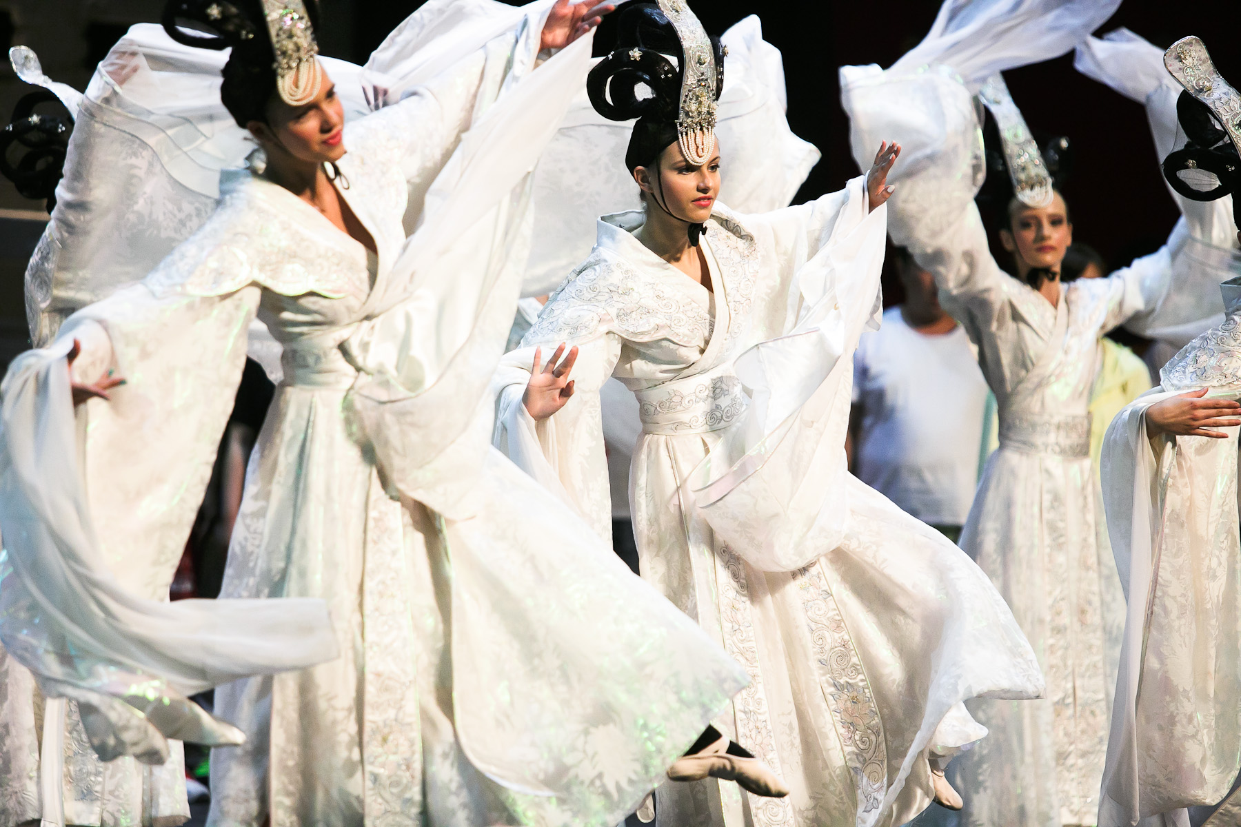 Dancers of Dance School Bolero from Ljubljana dance on stage during the second rehearsal of China National Opera House production of Giacomo Puccini\'s Turandot in Cankarjev dom Cultural & Congress center in Ljubljana, Slovenia, Aug. 31, 2015.