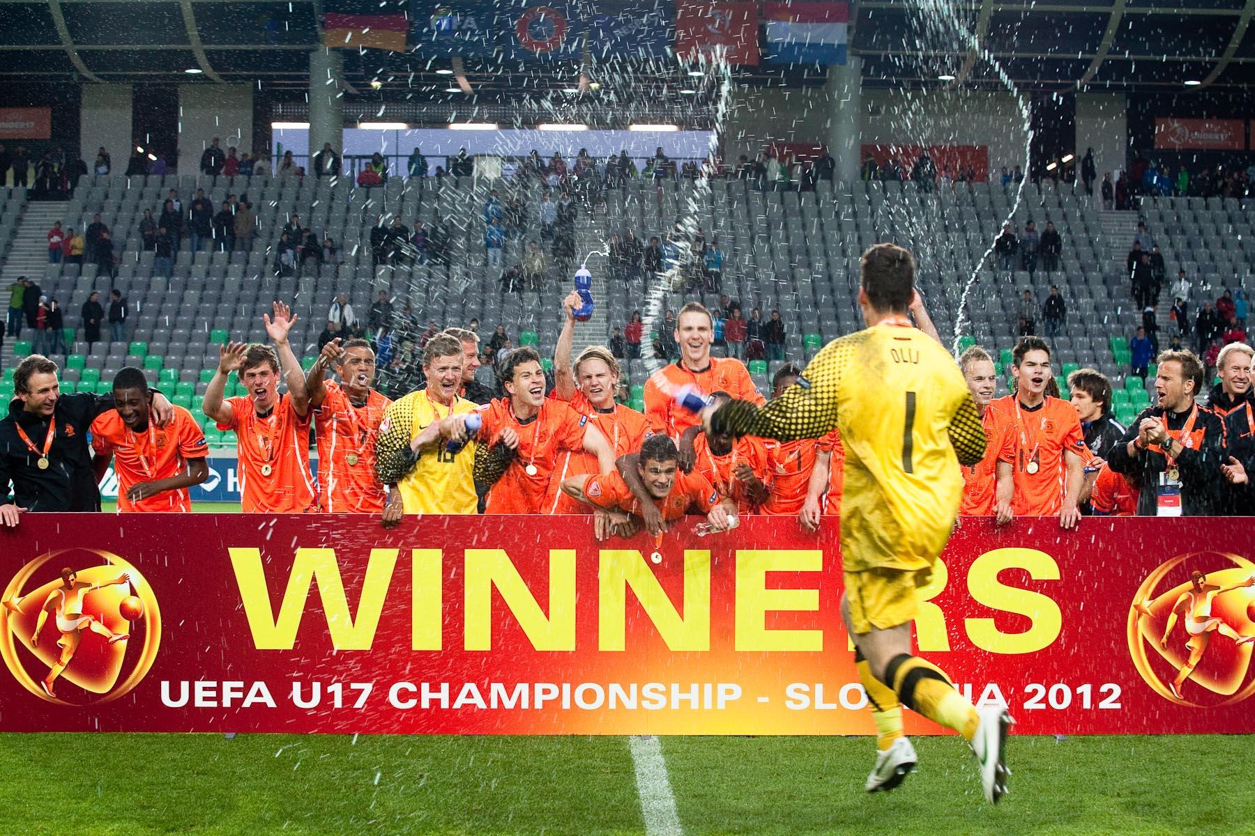 Nick Olij, Netherlands\' goalkeeper, jumps as Team Netherlands celebrates winning the UEFA U-17 European Championship final match between Germany and the Netherlands at the SRC Stozice Stadium in Ljubljana, Slovenia, May 16, 2012.