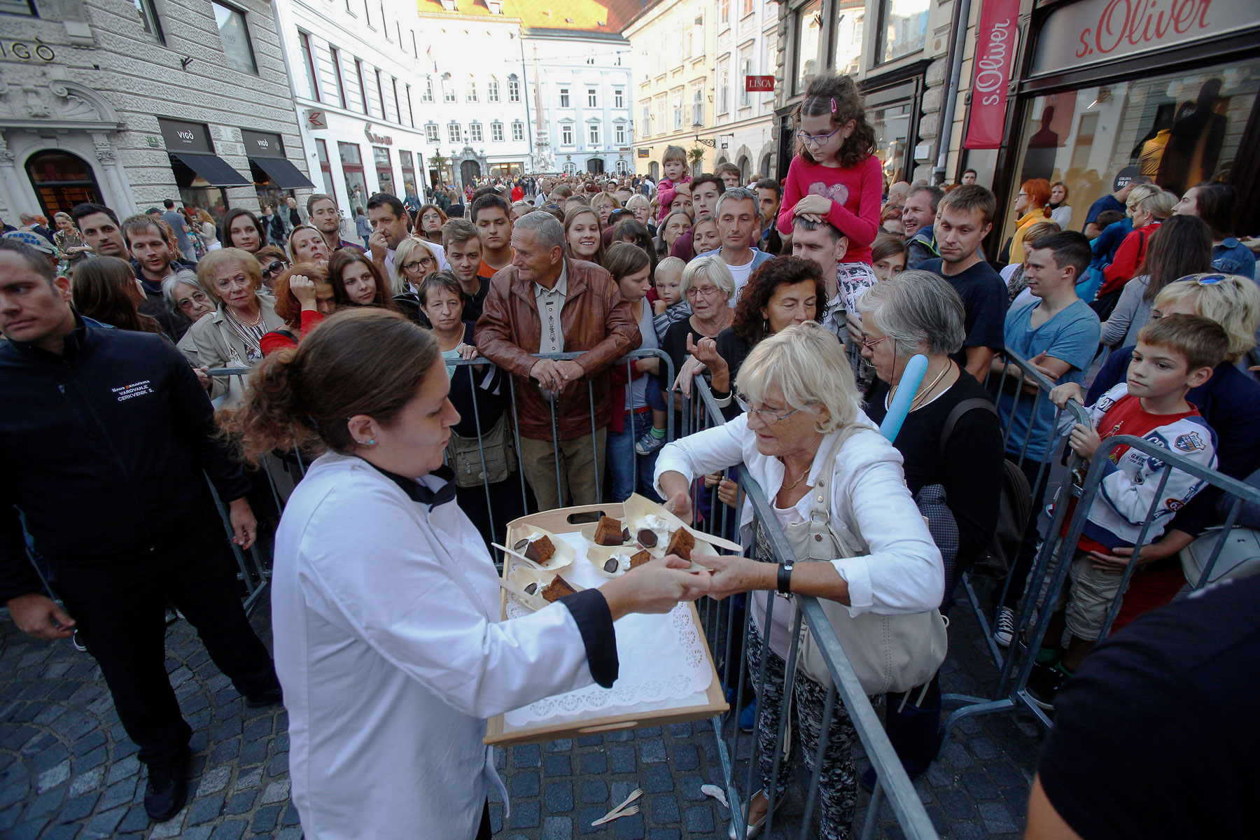 The world's largest original Sacher-torte is served in Ljubljana, Slovenia, Sept. 21, 2016. The largest original Sacher-cake was made to mark the ending of the Vienna Days in Ljubljana.