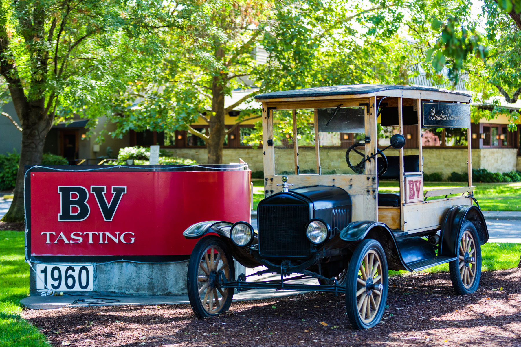 Beaulieu-Vineyard-Napa-corporate-photography-1-wine