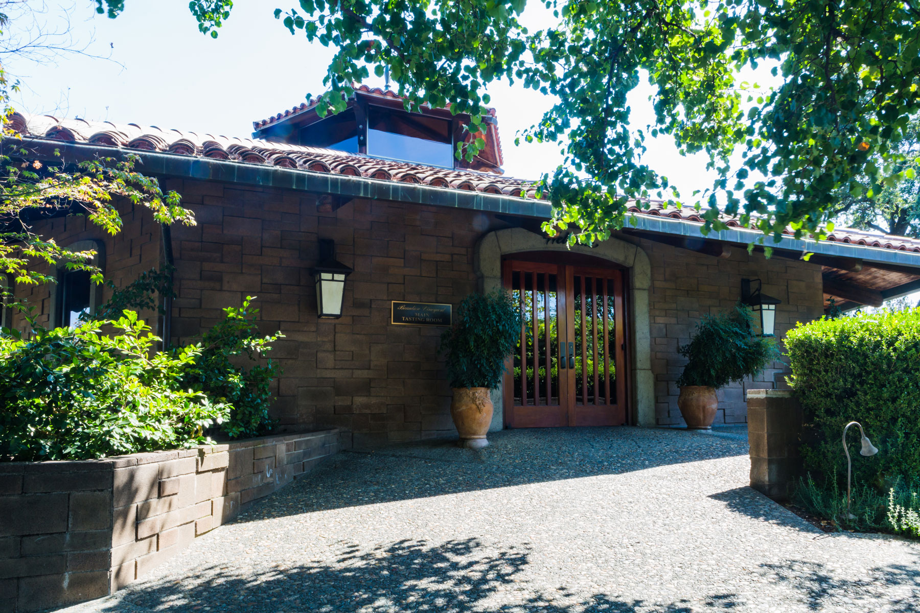 Beaulieu-Vineyard-Napa-corporate-photography-6-wine