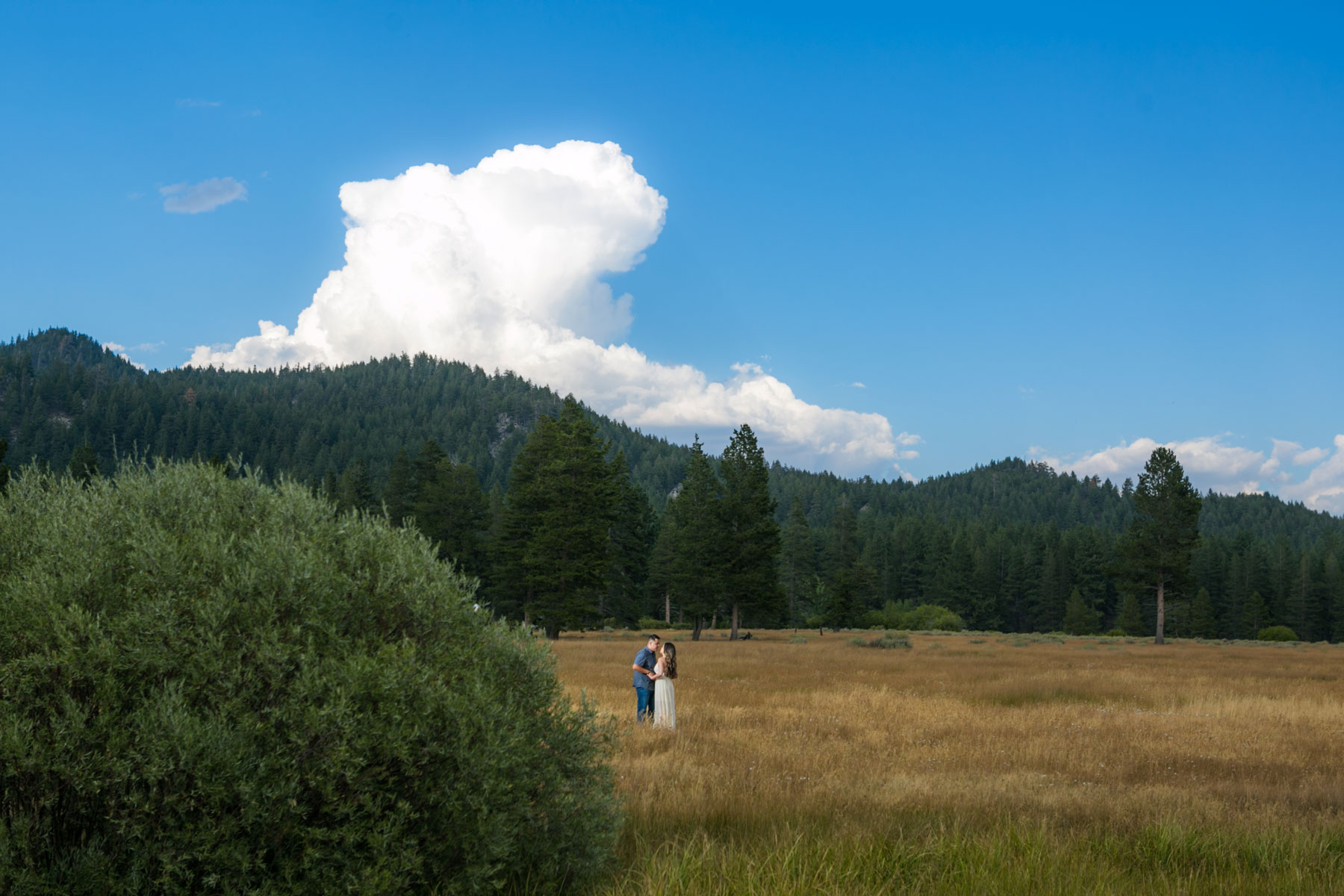 lake-tahoe-2-engagement-photography-tahoe-wedding
