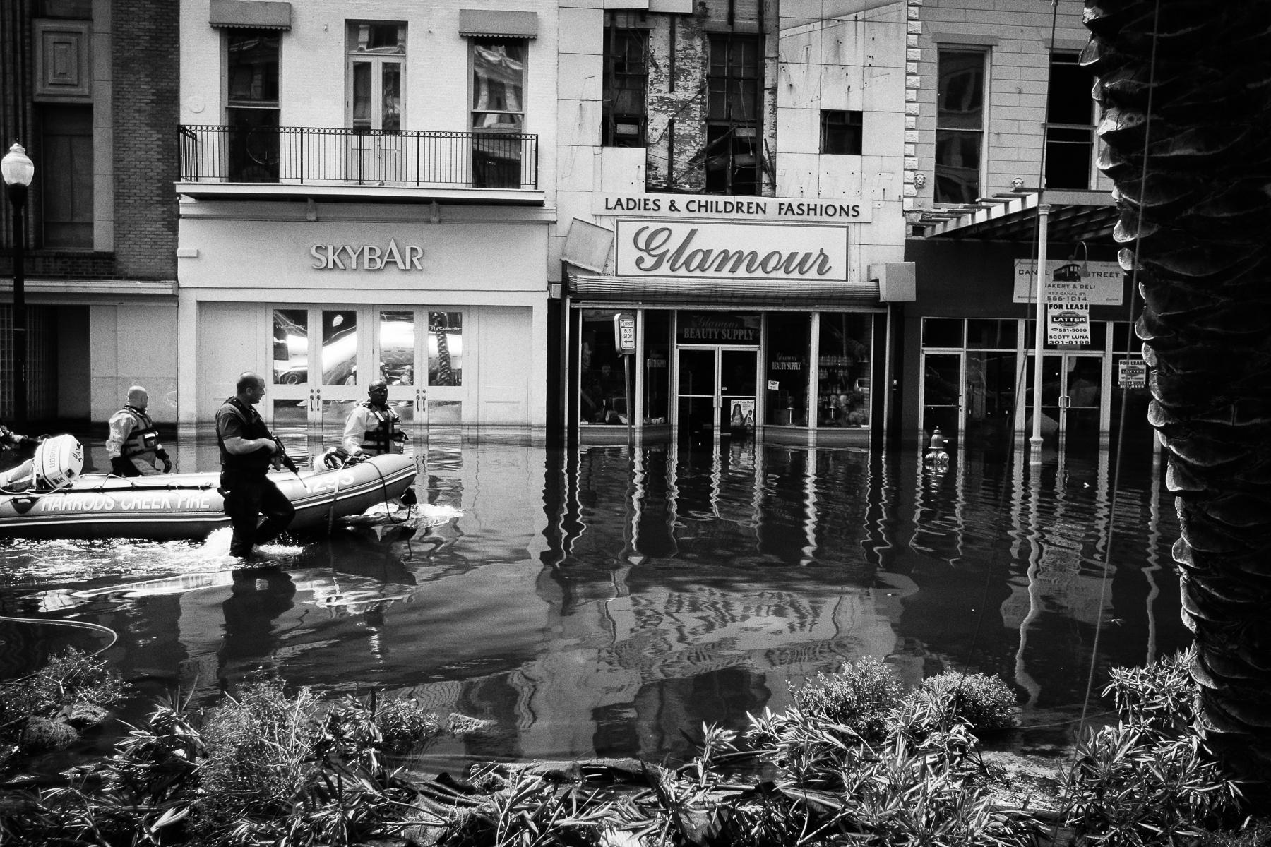 Nouvelle orlÈans innondations+le dome+cadavre.....