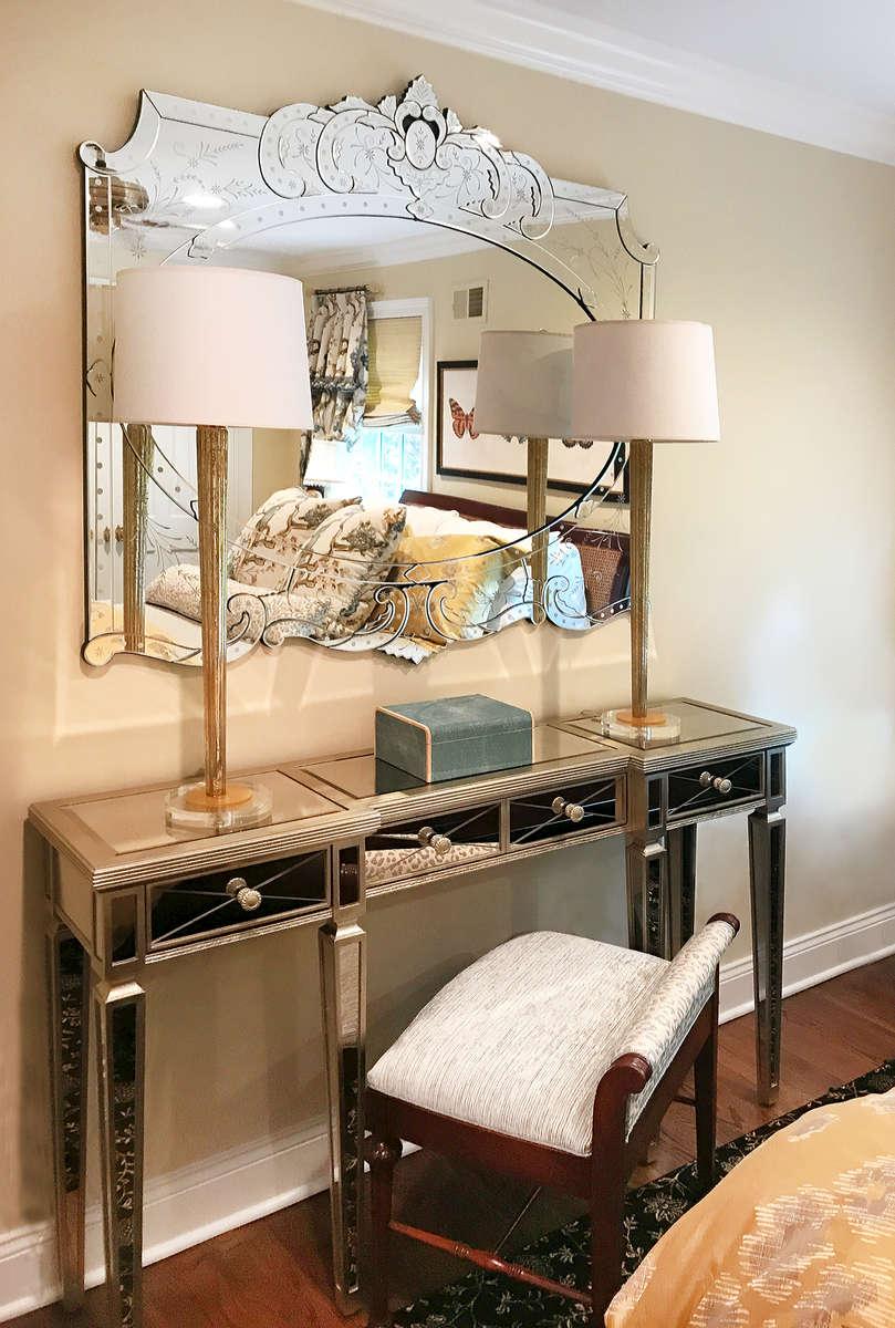 mirror make-up vanity console