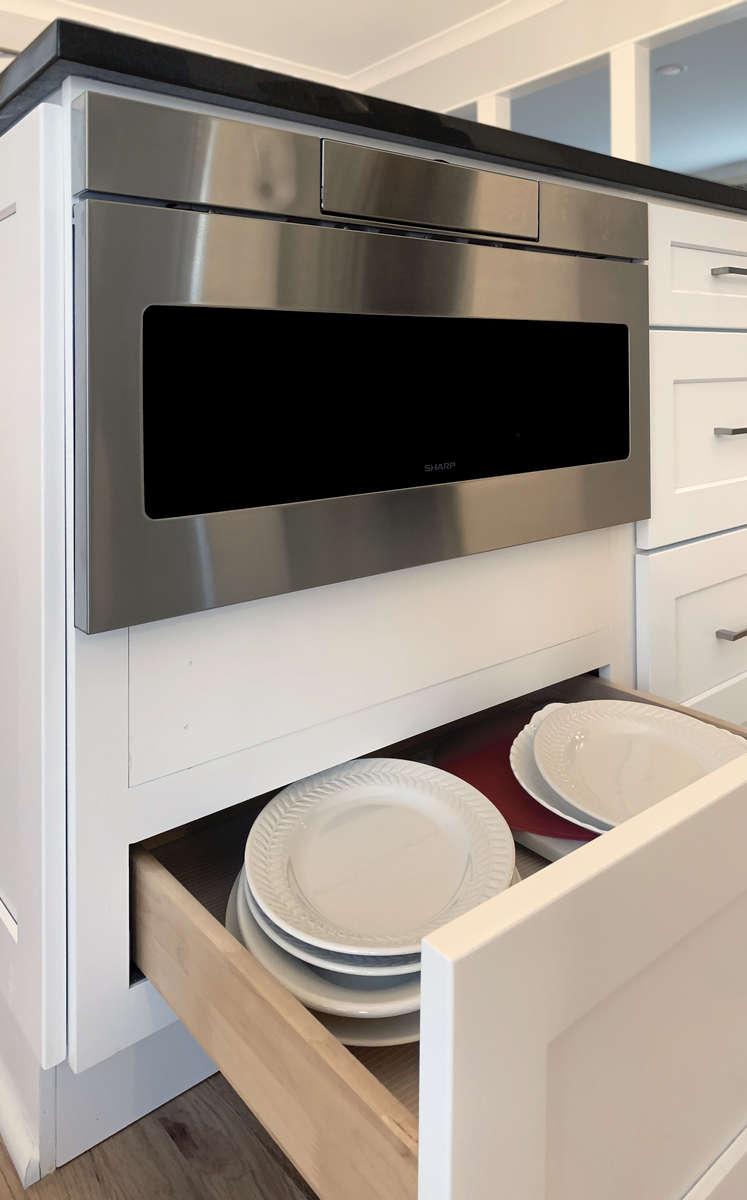 White-Shaker-Kitchen-4