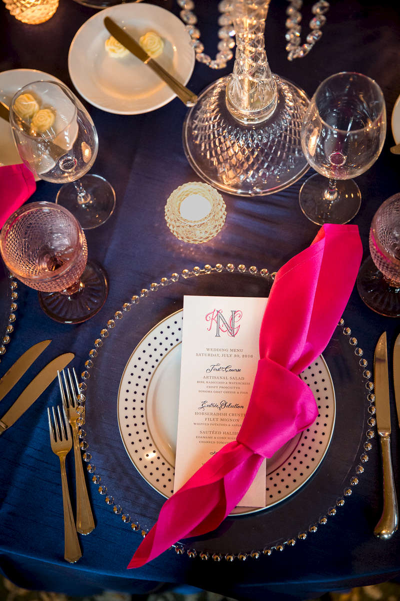 magenta and navy blue wedding table