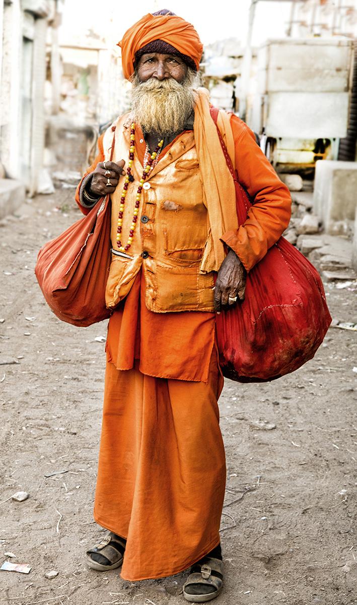 Indian-Man-in-Orange3328