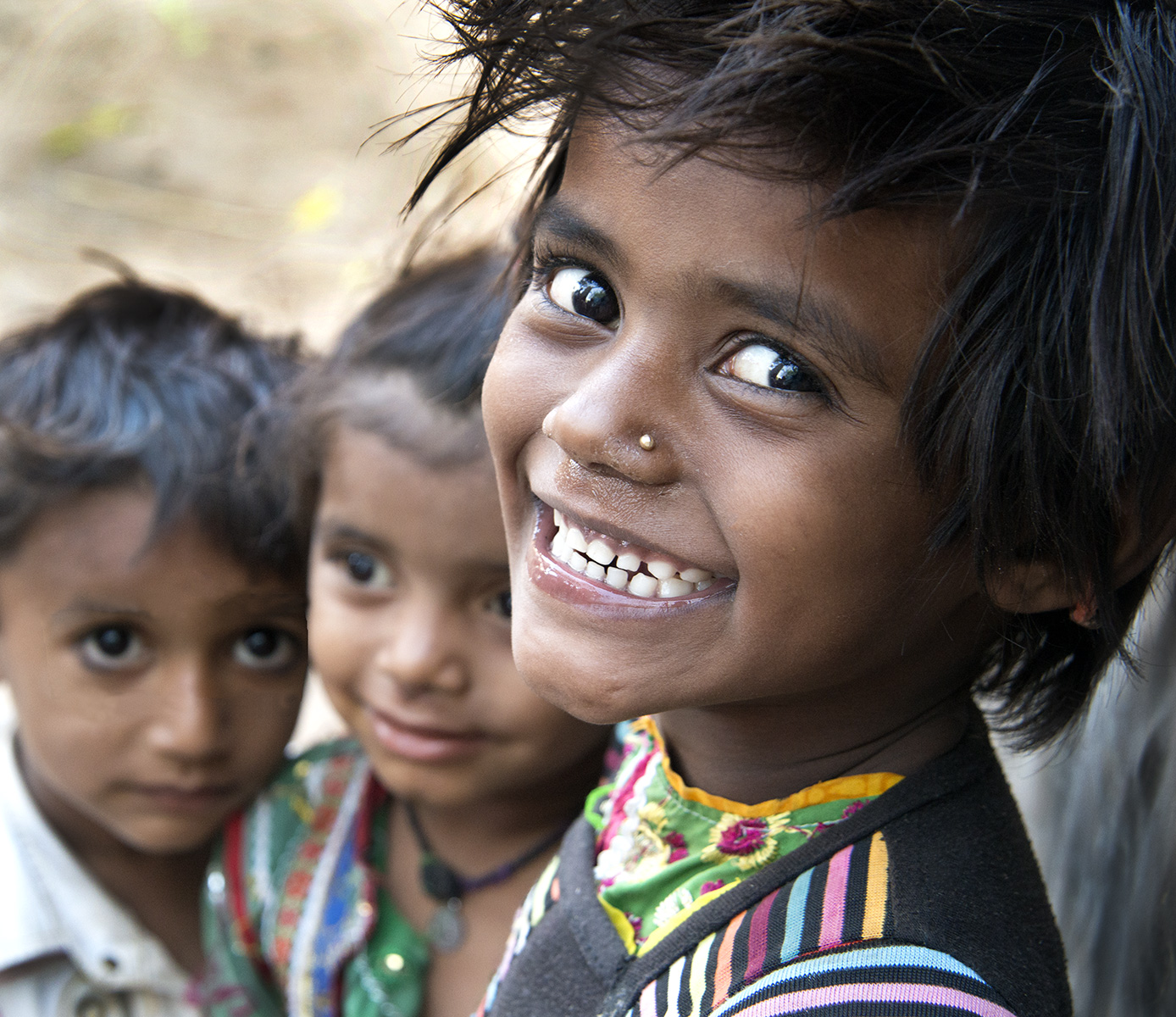 Smiling-girl-India1-17-3322