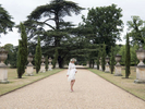 outdoor-pregnancy-photography-Chiswick-House-London