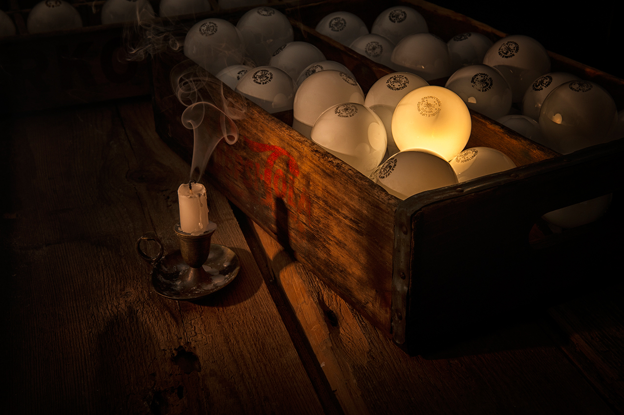 Master_Final-Project-Light-Bulbs-in-Box-19281-2