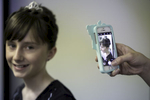 Cheryl-daughter-iphone