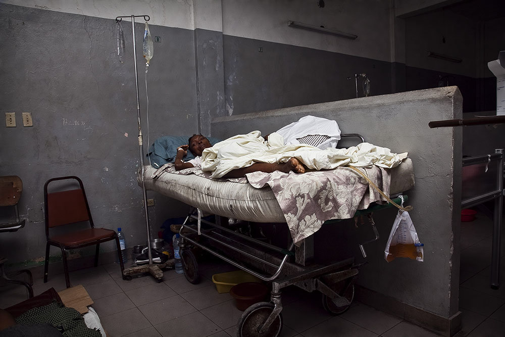 PORT-AU-PRINCE, HAITI - FEBRUARY 11: Hermione Pierre suffers from dementia in the aftermath of the earthquake that stuck Port au Prince on January 12, 2010 at L'Hopital General on February 11, 2010 in Port au Prince .