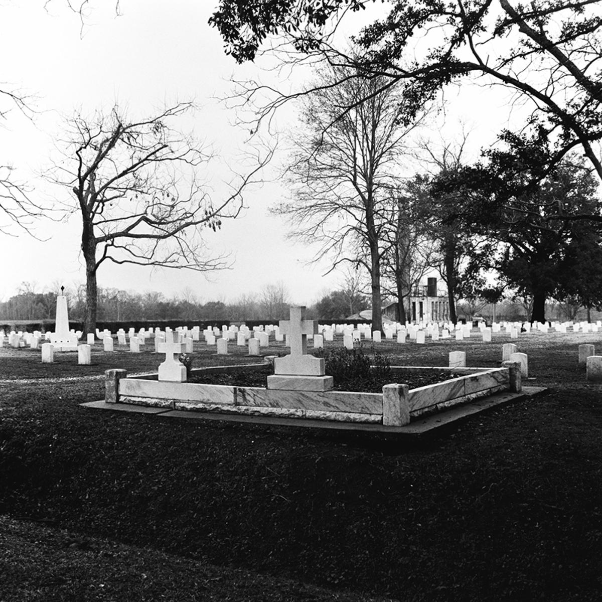 032-NS-LEP-Graveyard