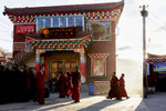 Monks attending the vening debate at Larung Gar