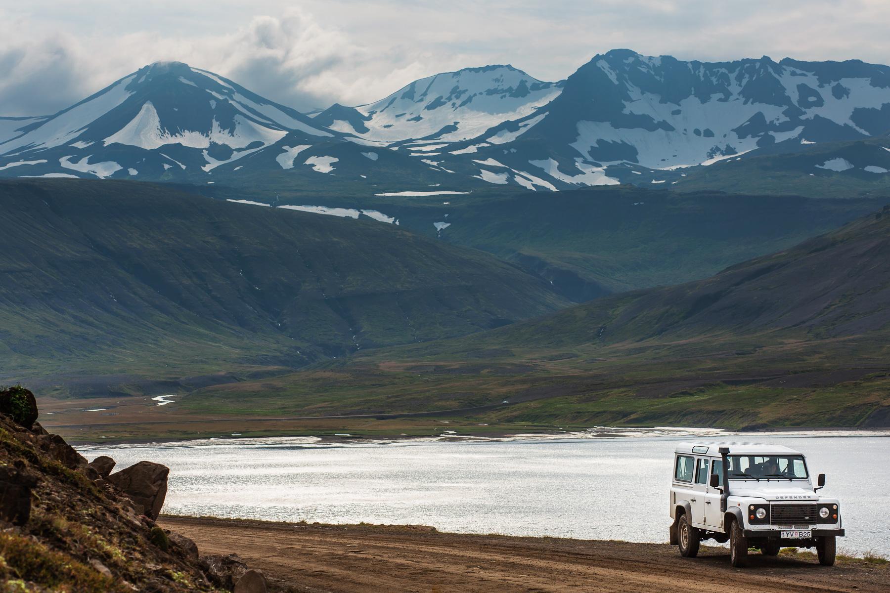 Iceland_Land_Rover_Defender-0002