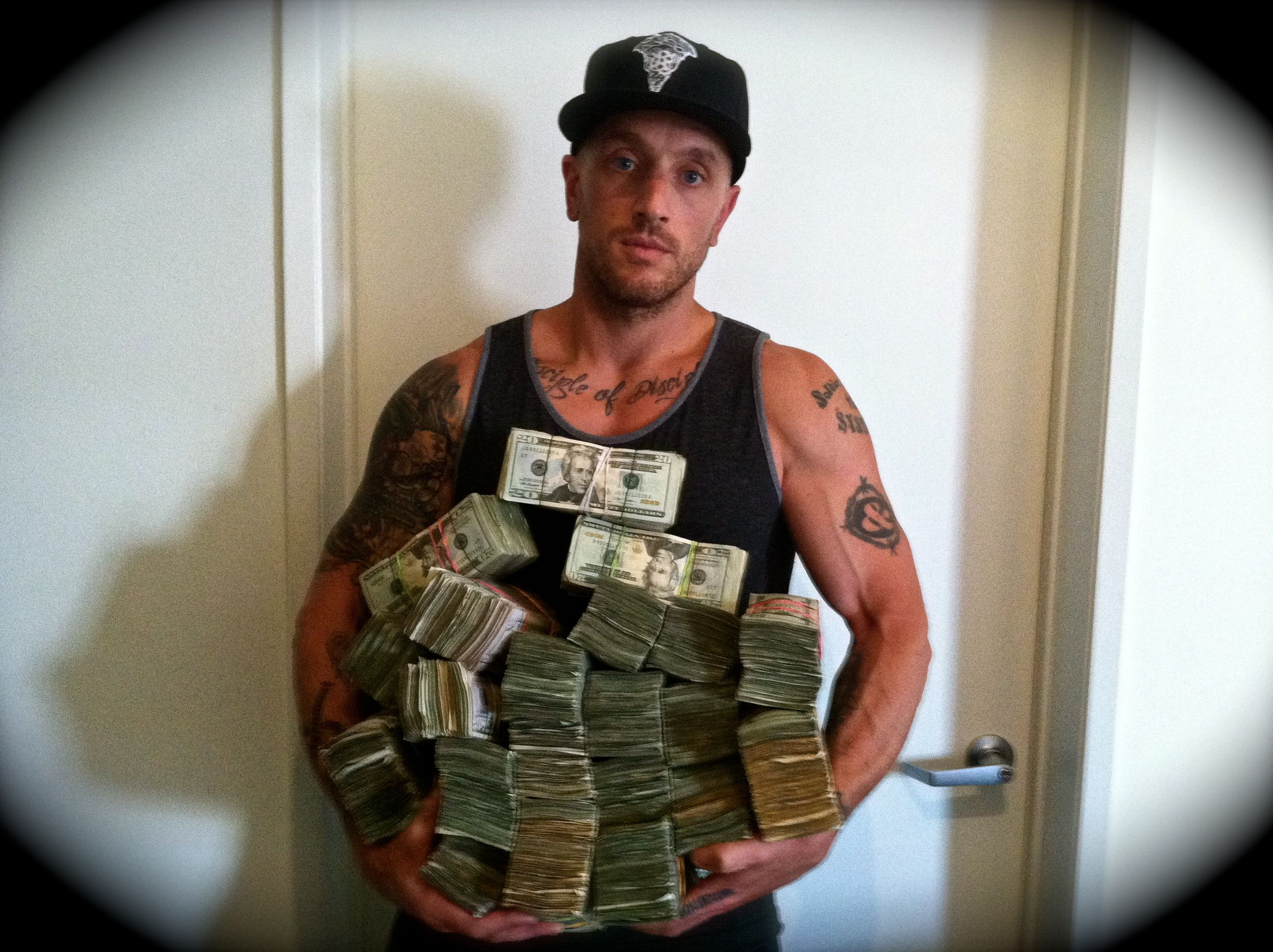 Dirty Money $300,000 All 20's / Los Angeles
