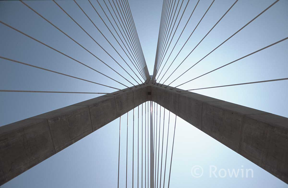 Tower closeup on Zakim Bridge-from below