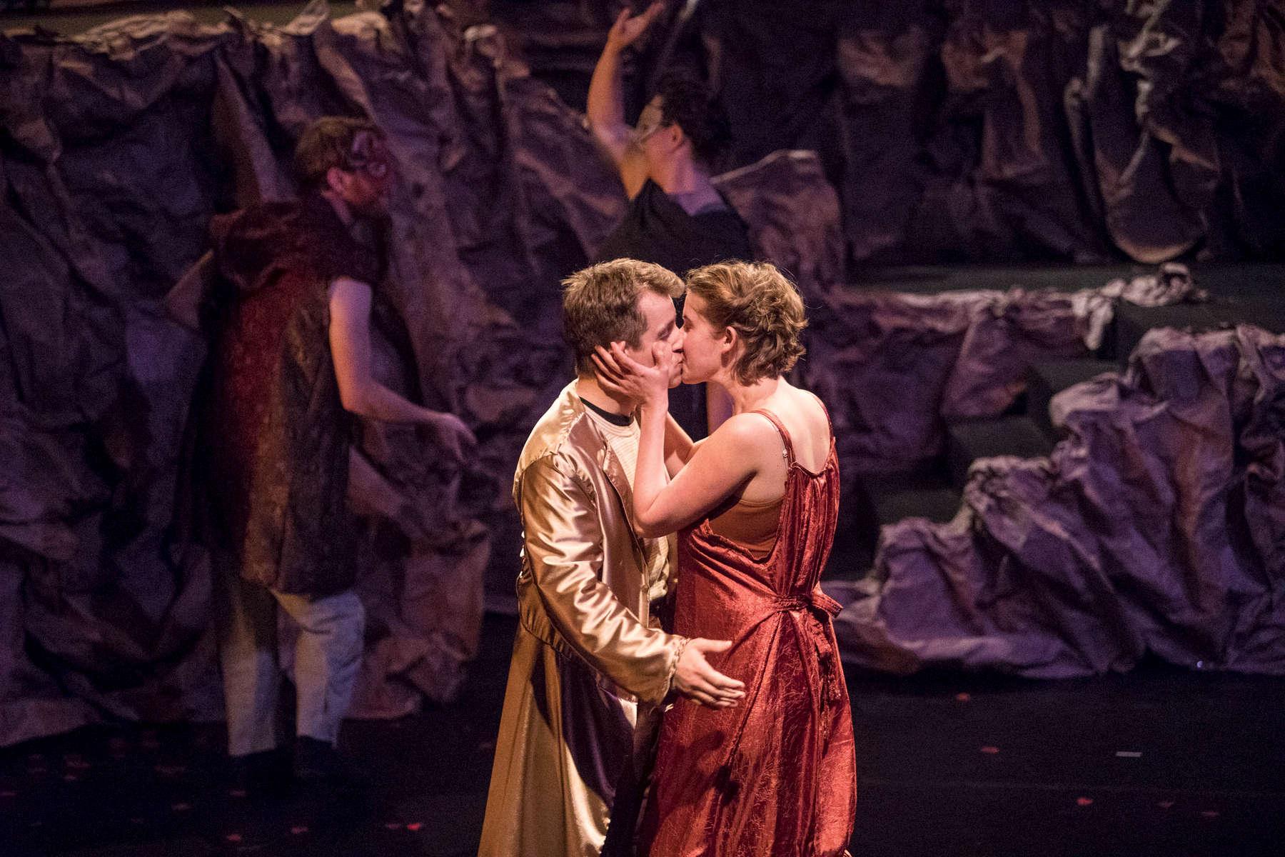Romeo-and-Juliet-6