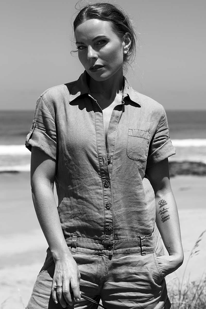Model: Ingvill Lorne Beach, Australia with Natural Light
