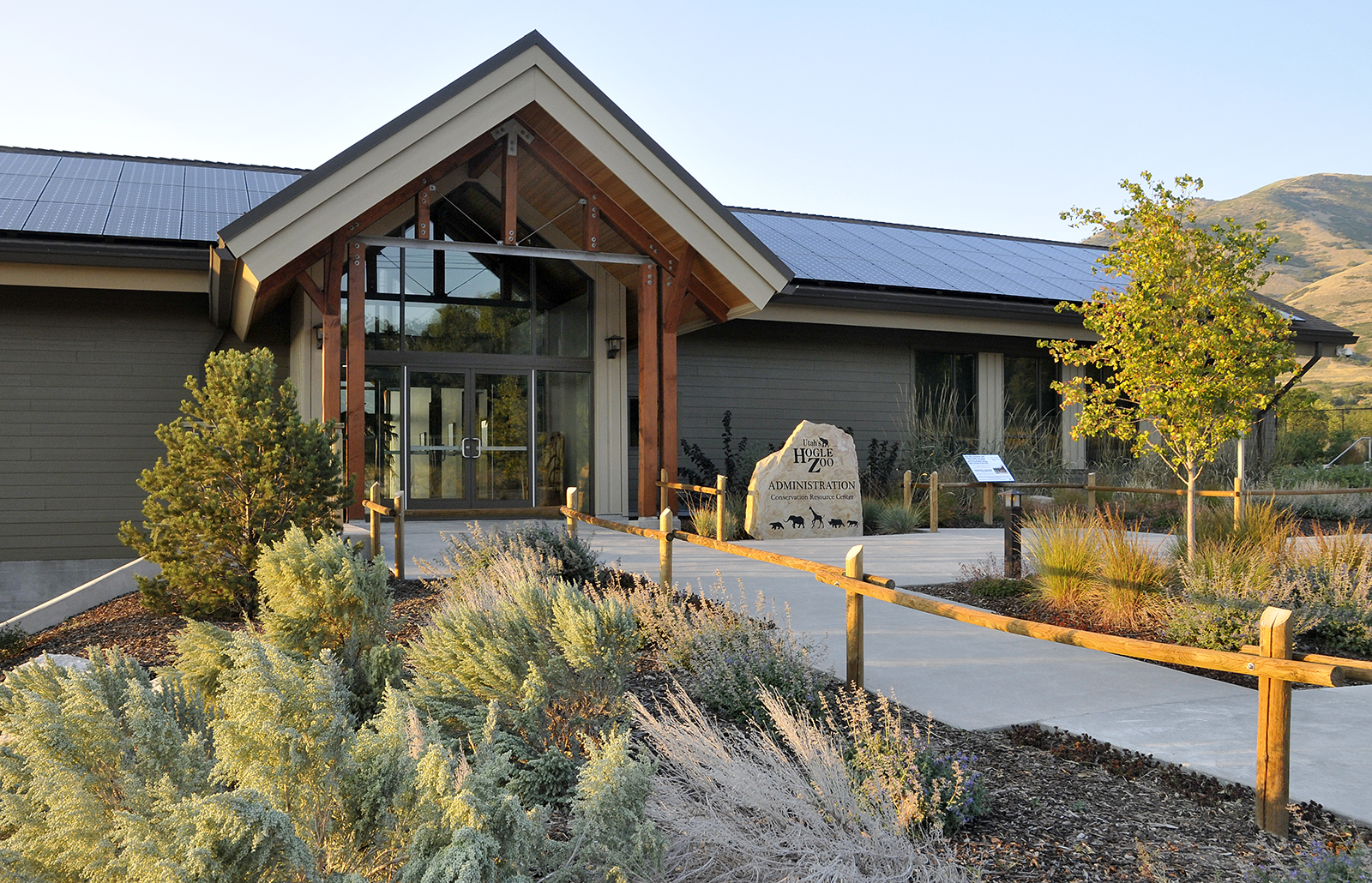 Conservation Resource CenterHogle ZooSalt Lake City UTSeptember 2014