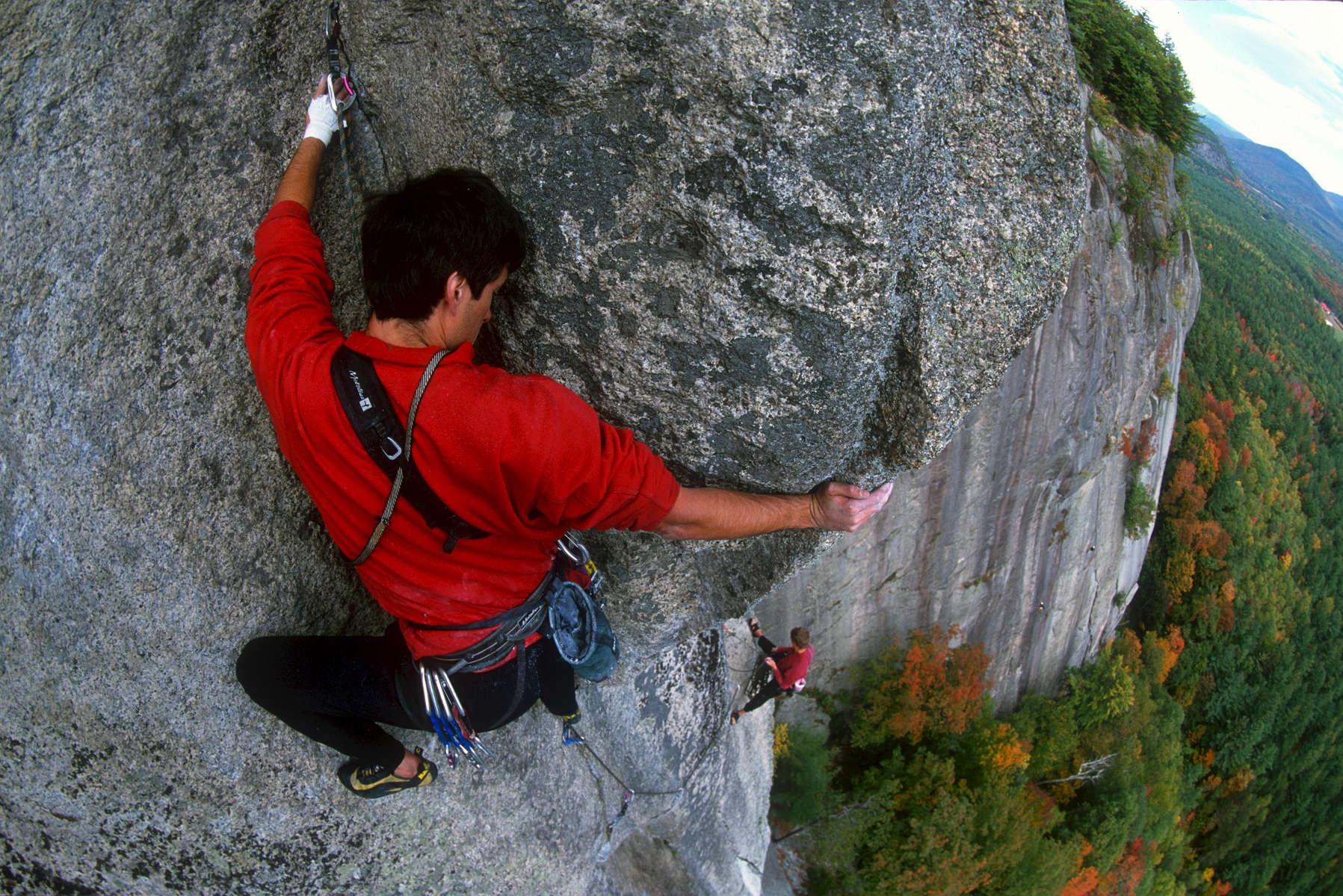 Man_Climbing_NewHampshire