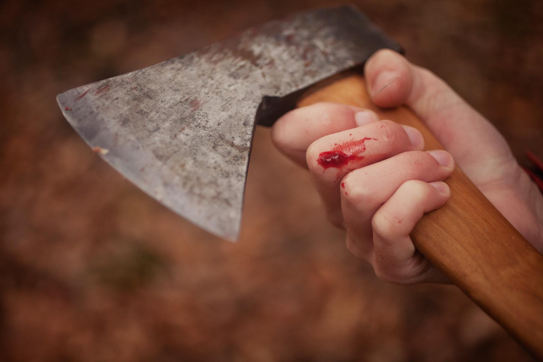 axe-blood-tree