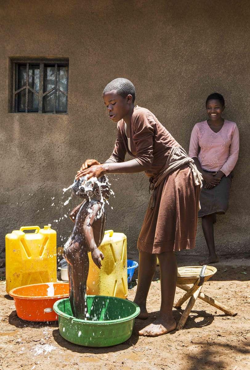 Bath time, Rwanda