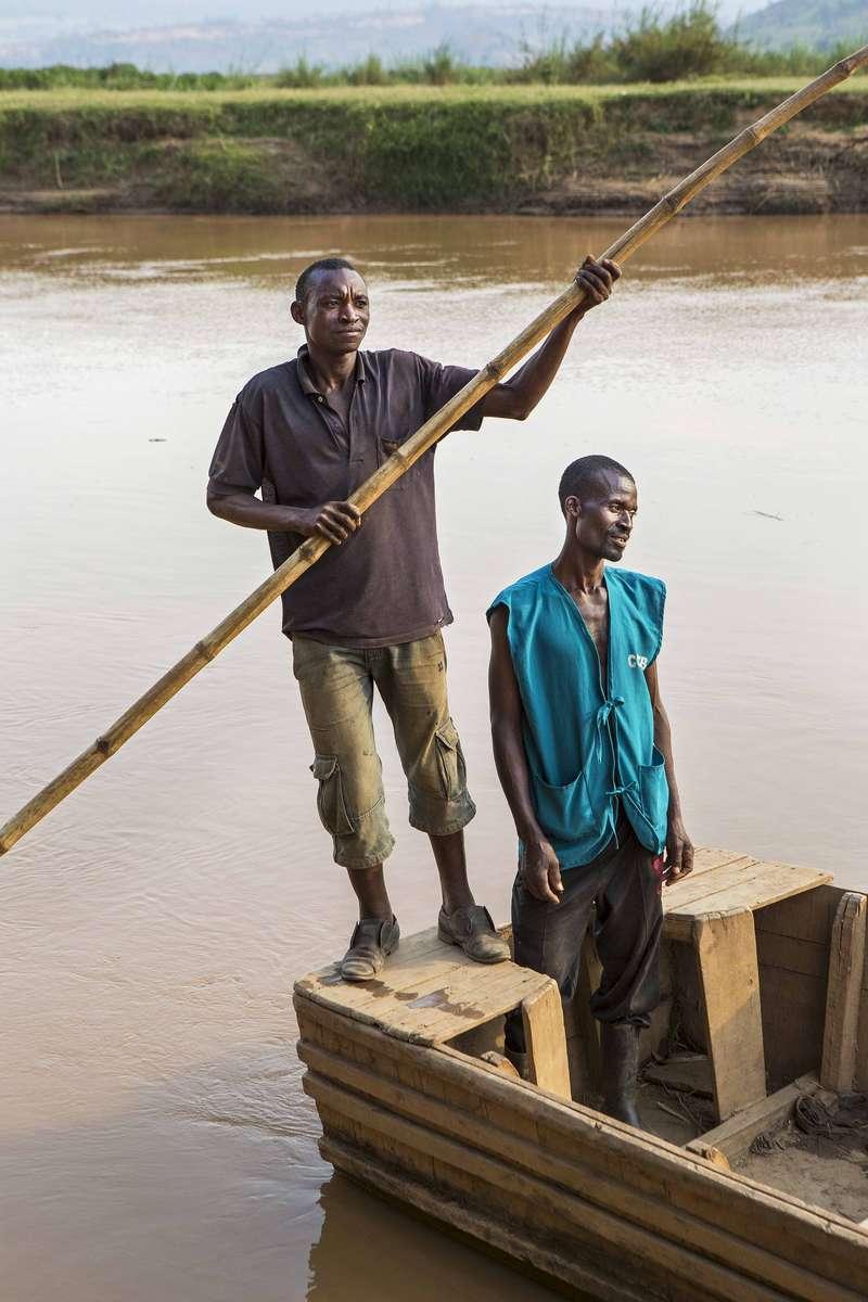 Ferrymen on the Nyabarongo river, Rwanda