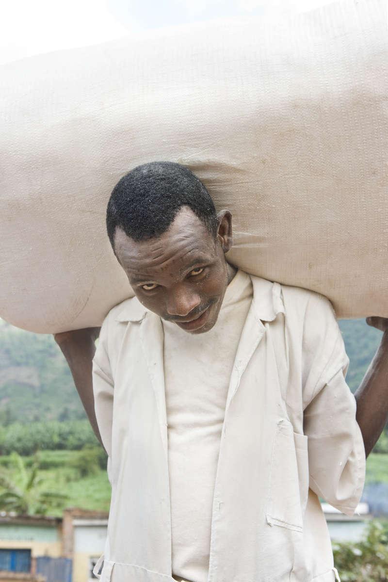100 kilos of casava powder, Rwanda