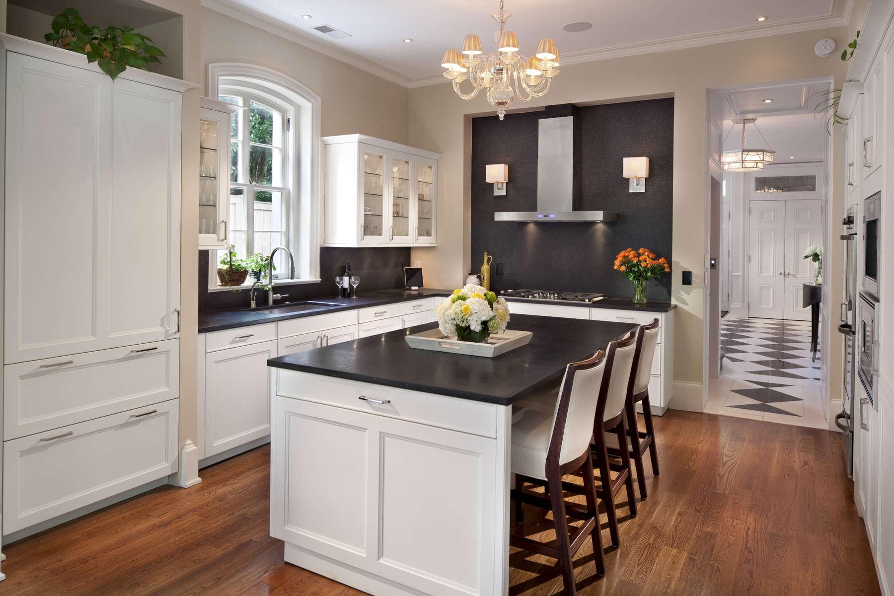 DC-Kitchen_Foyer