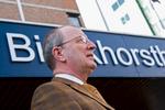 Binckhorstlaan 135, Ministerie van DefensiePortretfoto van Dhr. Molier afd. P&O