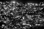 Panoramica nocturna de la favela de Rocinha, en Río de Janeiro, Brasil, 4 de diciembre de 2012.Con una población de entre 120 y 150,000 personas, Rocinha es la favela más grande de Río de Janeiro y una de las mas grandes del mundo.