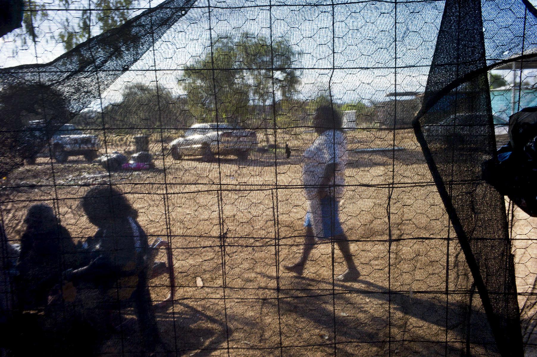 L'Australie est la terre des enfants perdus.Frank Ansell, guérisseur aborigène, White Gate, Alice Springs, TN, Australie, 2011.