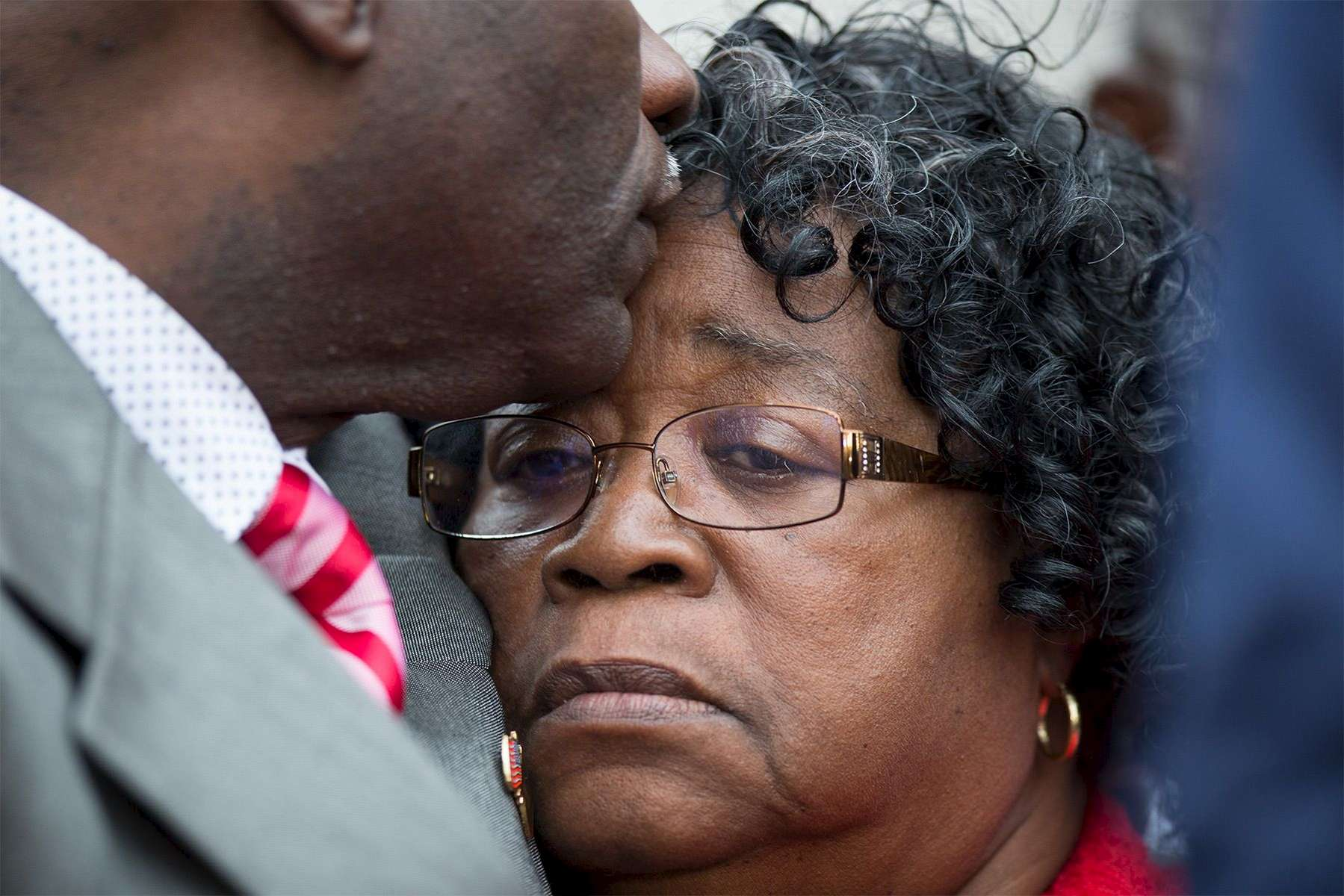 Judy Scott is comforted by her son Rodney after a hung jury was announced in the trial of former North Charleston police officer Michael Slager outside the Charleston County Courthouse in Charleston, South Carolina December 5, 2016. REUTERS/Randall Hill