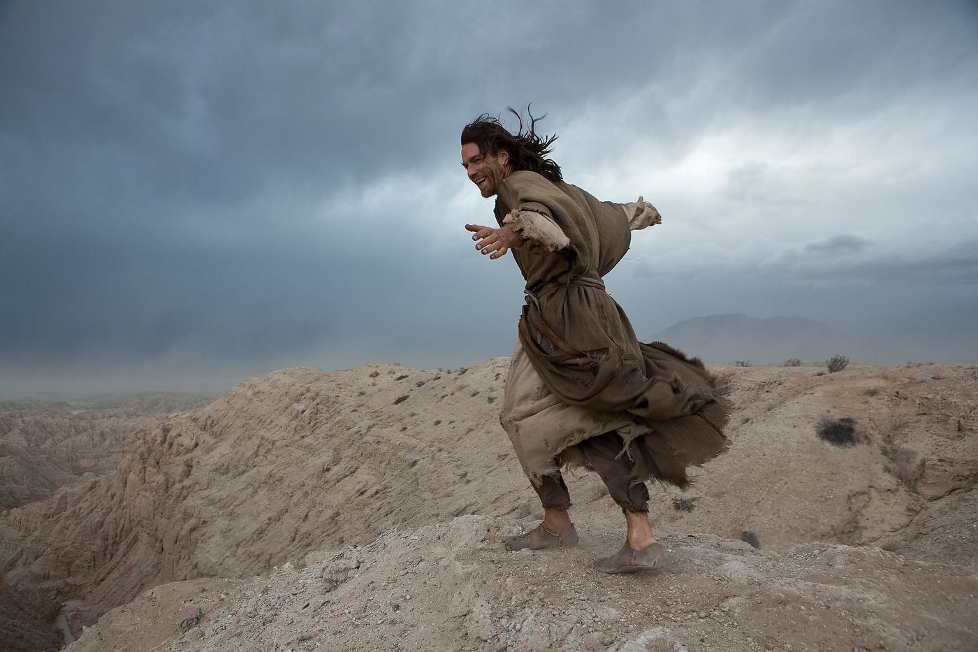 LAST DAYS IN THE DESERT. Directed by Rodrigo Garcia, DP Emmanuel Lubezki. Ewan McGregor | Tye Sheridan | Ciarán Hinds | Ayelet Zurer.