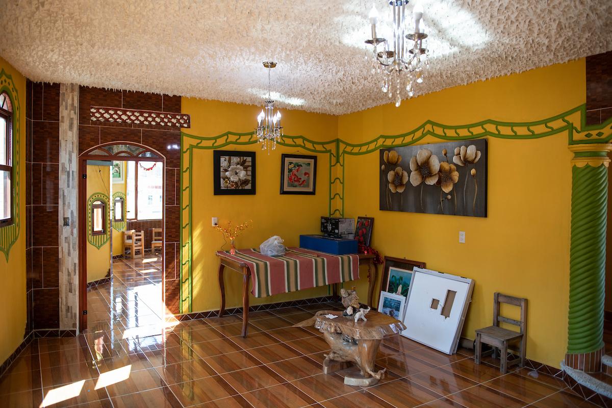 Built by Mario de la Cruz, Javier Luna Hernandez's soon to be restaurant in San Juan Chamula. Arquitectura Libre / Free Architecture, Chiapas, Mexico